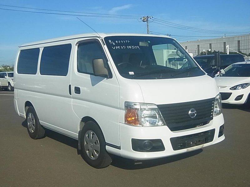 Nissan Caravan Van 2011