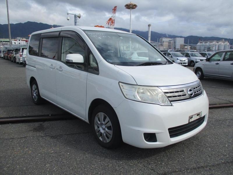 Nissan Serena 2008