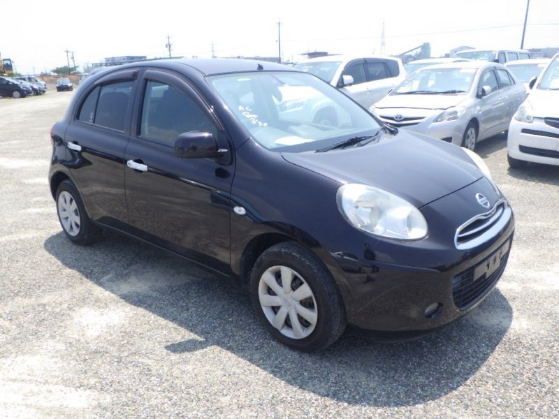 Nissan March 2010