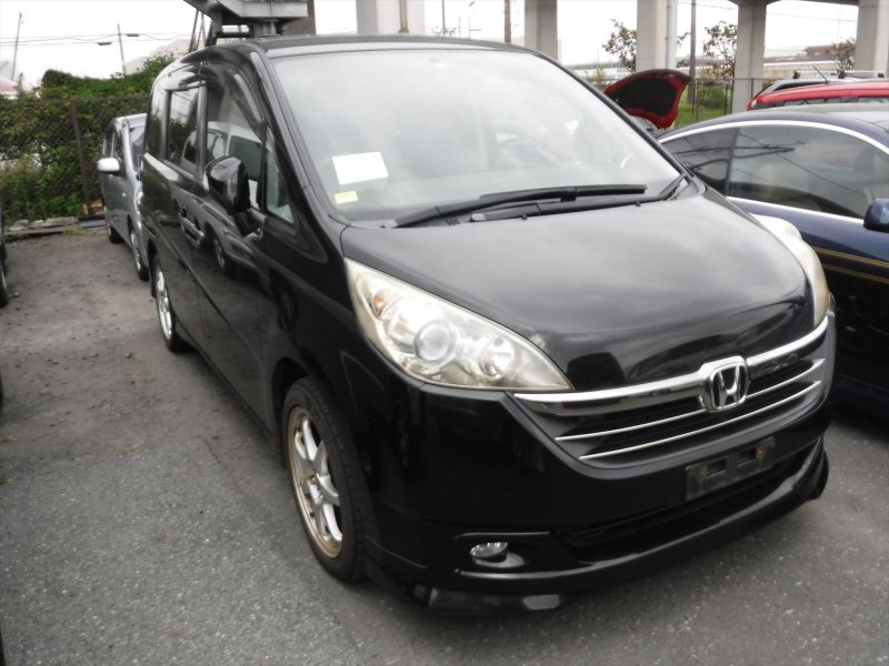 Honda Step Wagon 2006