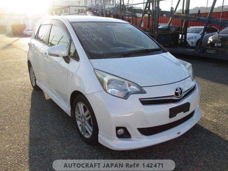 Toyota Ractis 2013