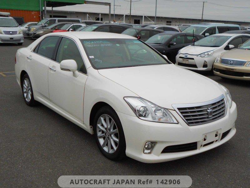 Toyota Crown 2010