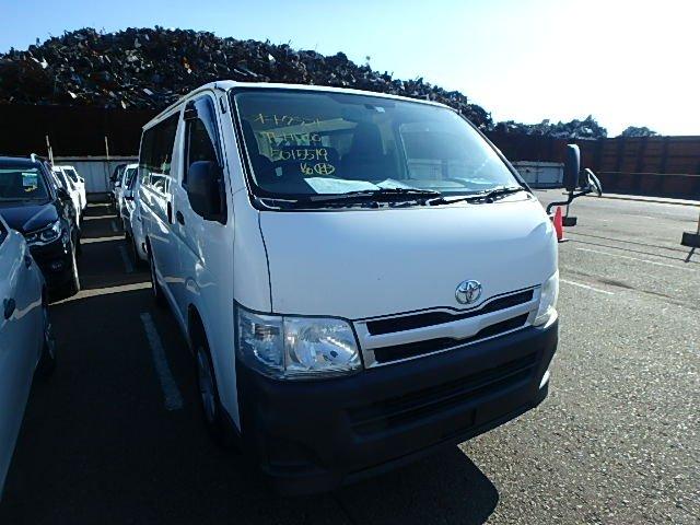 Toyota Regiusace Van 2011