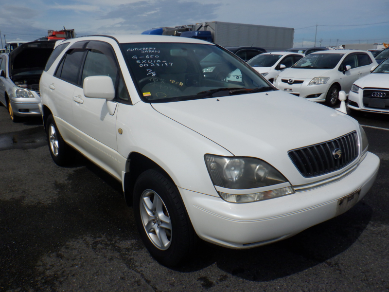 Toyota Harrier 1999
