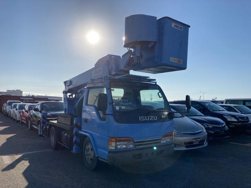 Isuzu Elf Truck 2001