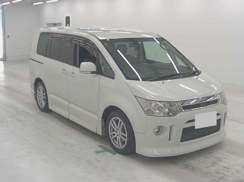 Mitsubishi Delica D5 2007