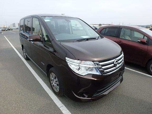 Nissan Serena 2015