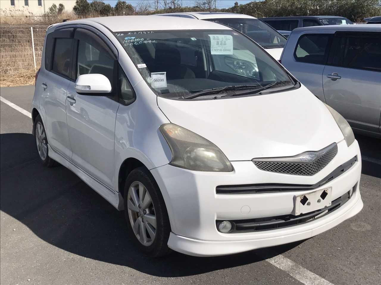 Toyota Ractis 2006