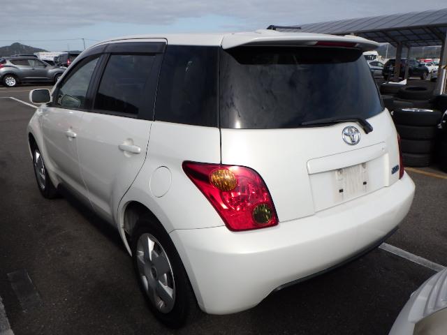 Toyota IST 2004, WHITE, 1290cc, ATM - Autocraft Japan