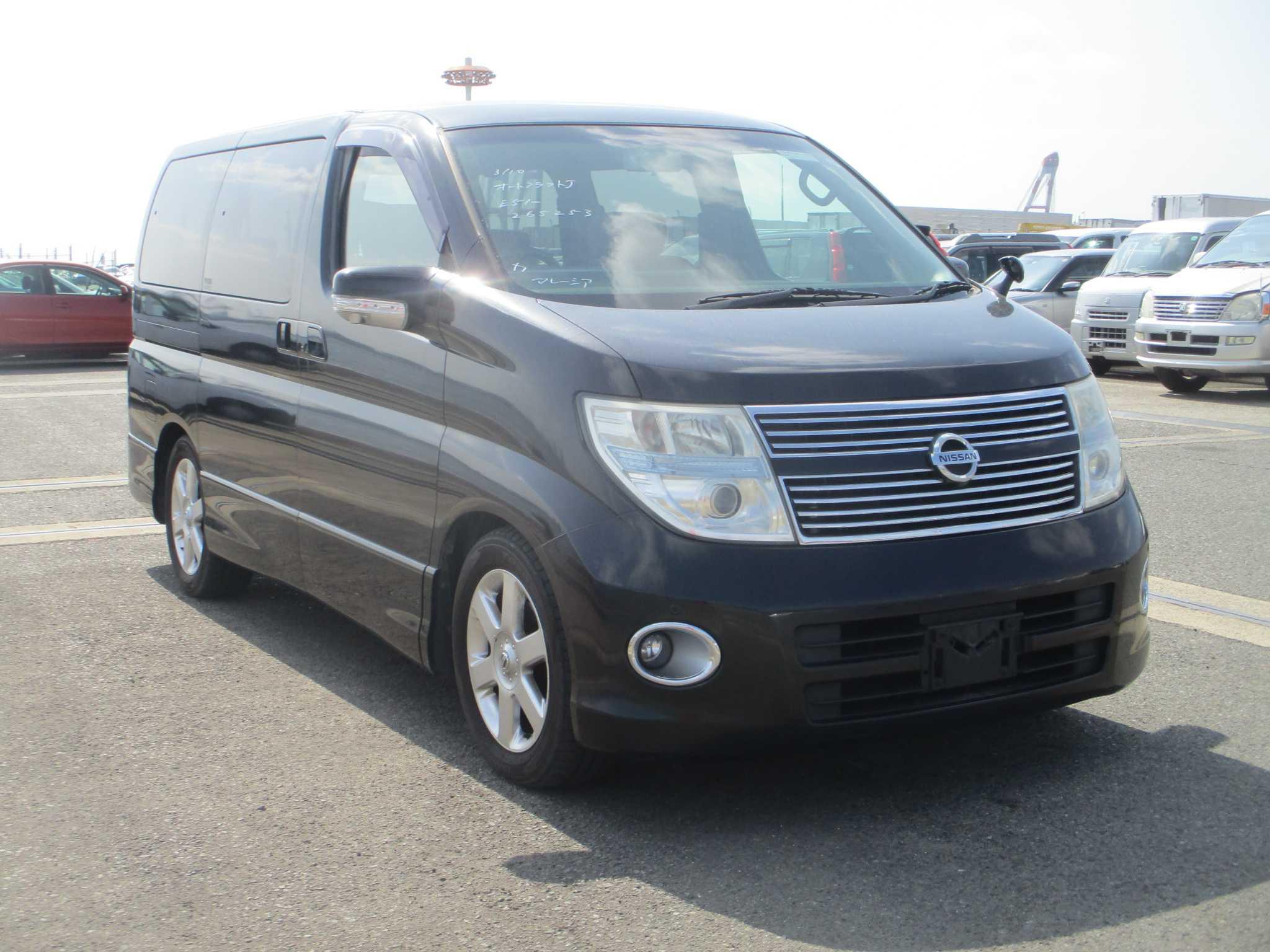 Nissan Elgrand 2008