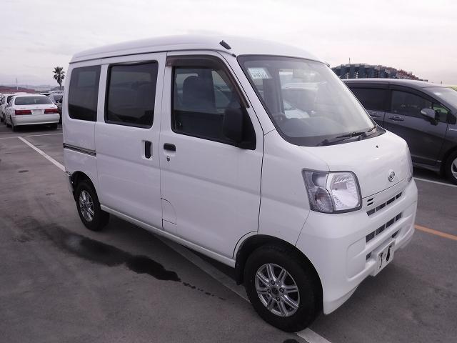 Daihatsu Hijet Cargo 2015