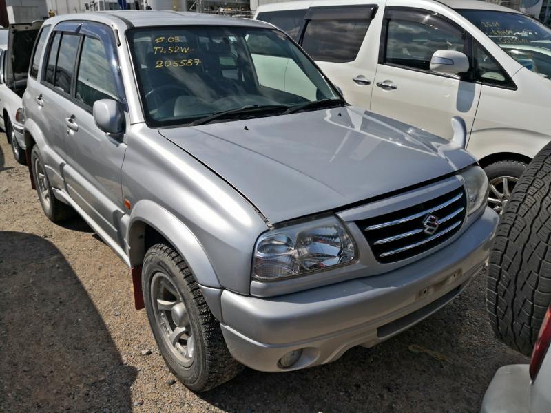 Suzuki Escudo 2004