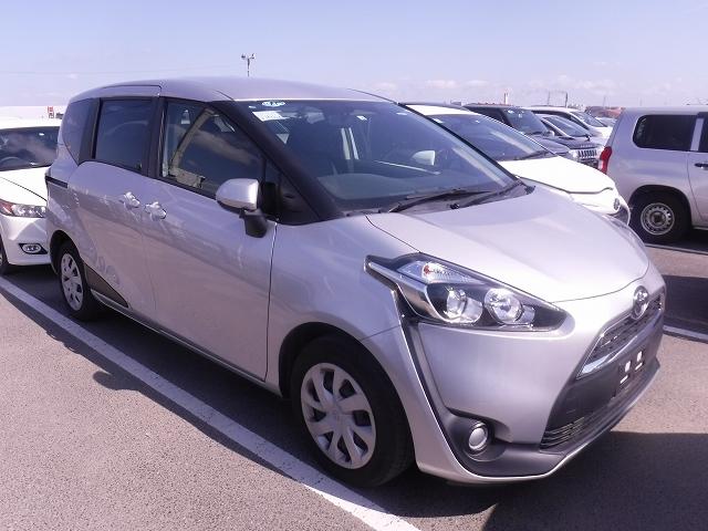 Toyota Sienta 2016