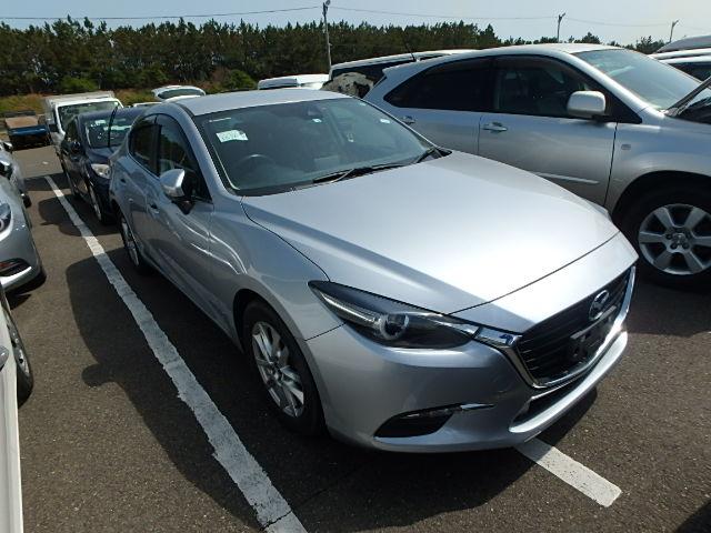Mazda Axela 2018