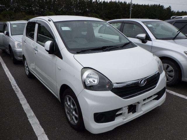 Daihatsu MIRA e:s 2014