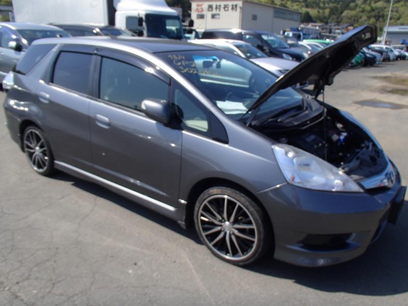 Honda Fit Shuttle Hybrid 2011