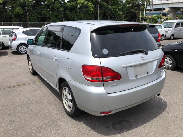 Toyota Ipsum 2002