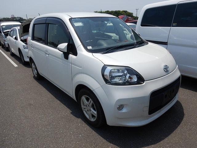 Toyota Porte 2014