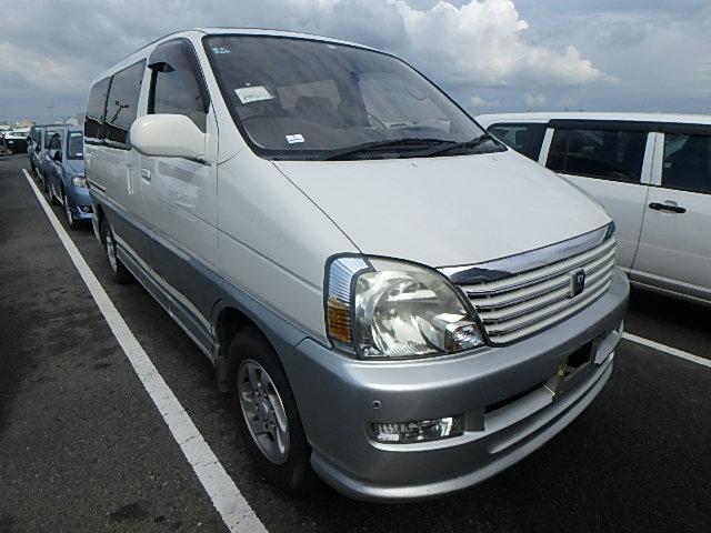 Toyota Regius Wagon 2002