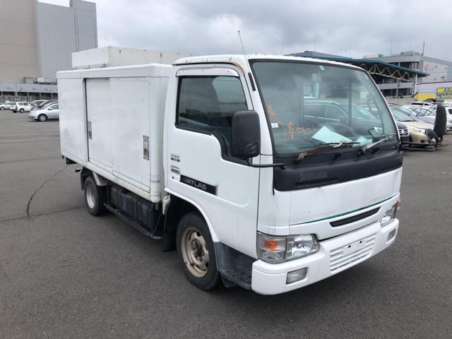 Nissan Atlas 2000