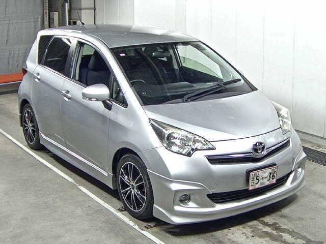 Toyota Ractis 2012
