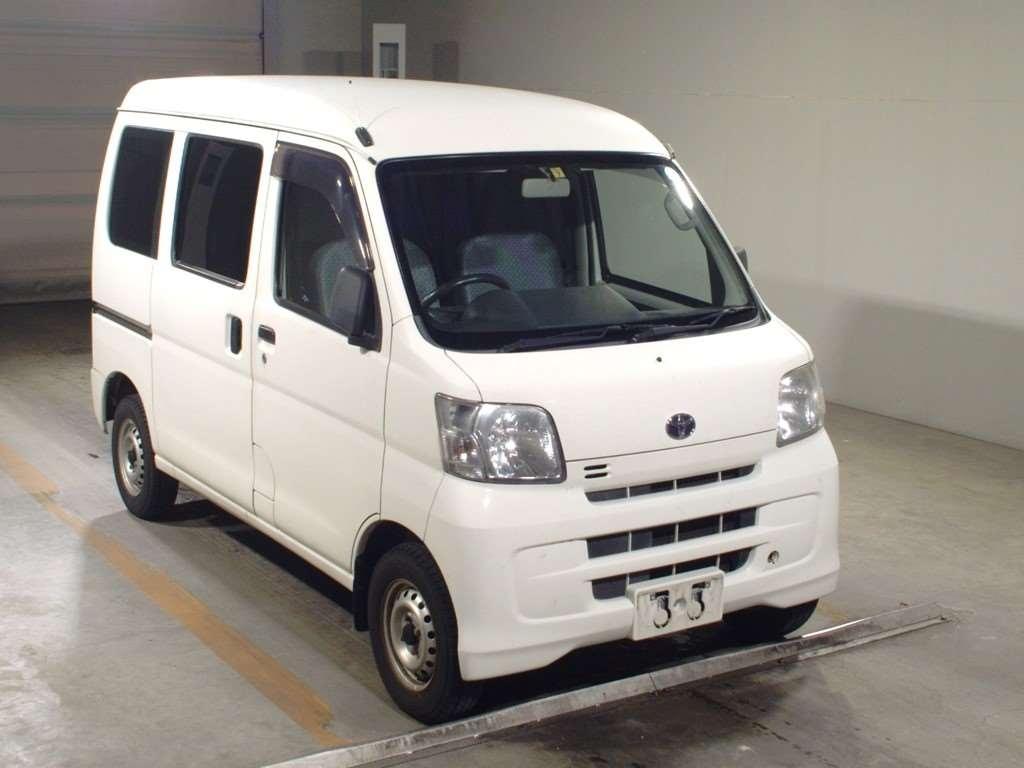 Toyota Pixis Van 2013