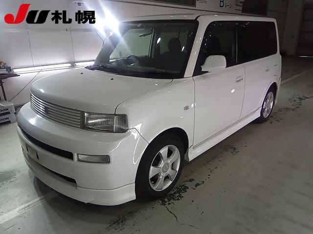 Toyota bB 2004