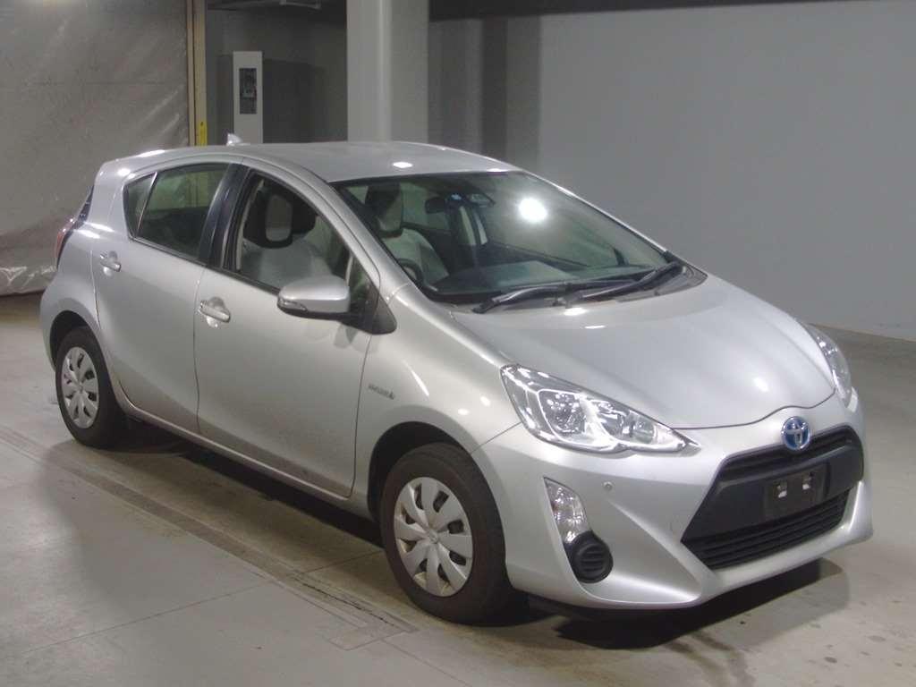 Toyota Noah 2016