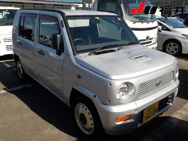 Daihatsu Naked 2001