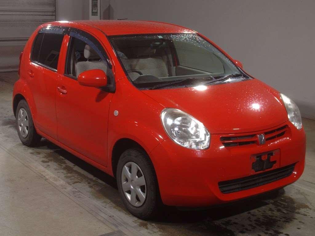 Toyota Passo 2012