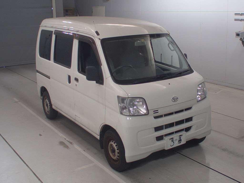 Daihatsu Hijet Cargo 2016