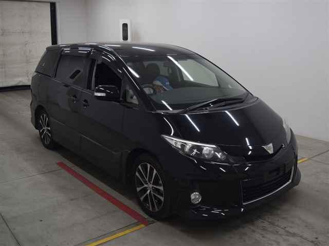 Toyota Estima 2013