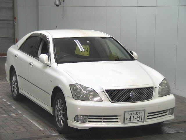 Toyota Crown 2005