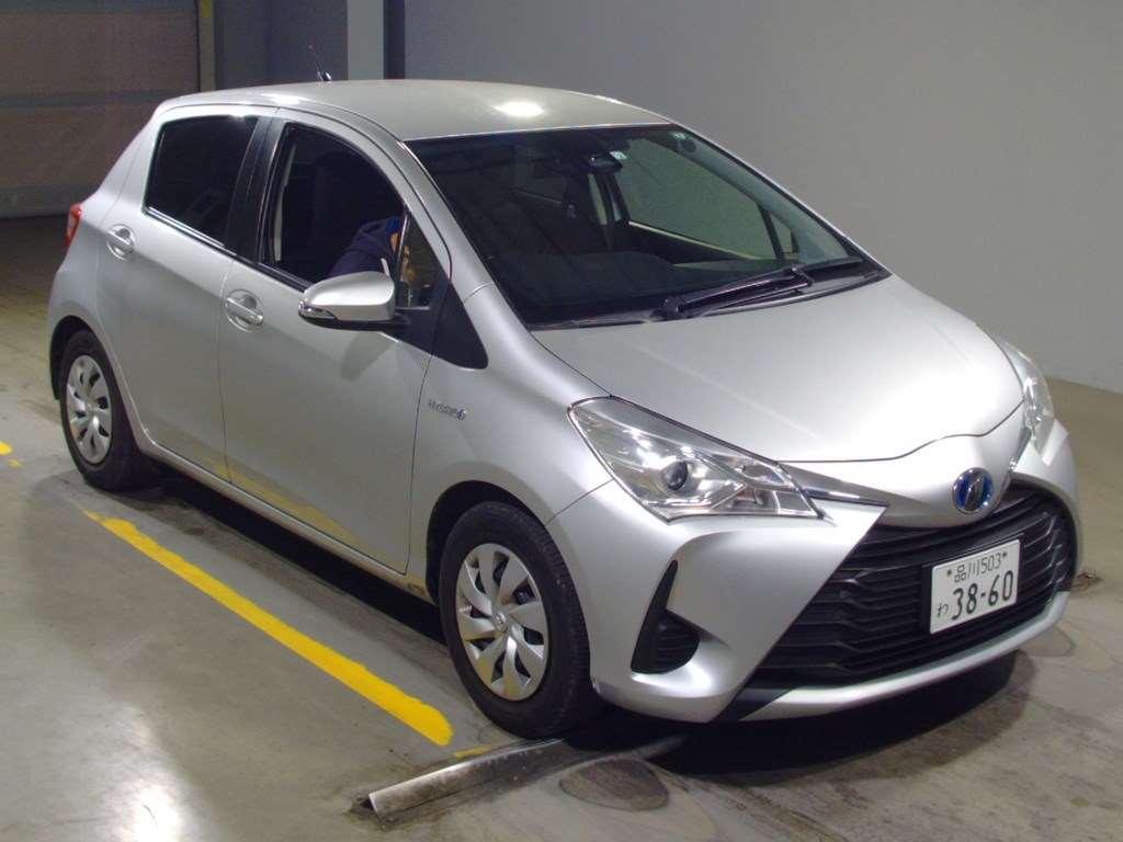 Toyota Vitz 2017