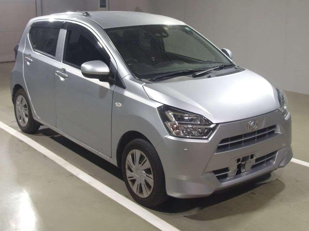 Daihatsu MIRA e:s 2018