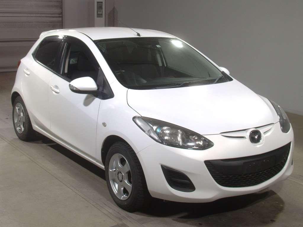 Mazda Demio 2012