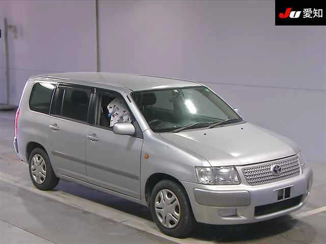Toyota Succeed Wagon 2005