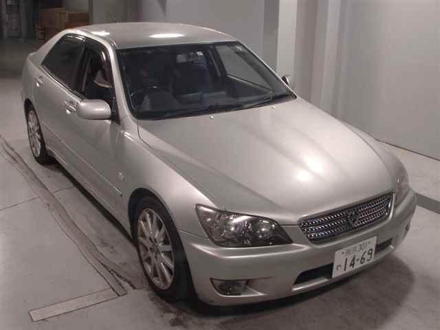 Toyota Altezza 2005