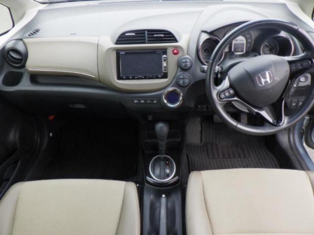 Honda Fit Shuttle Hybrid 2011, GRAY - Autocraft Japan