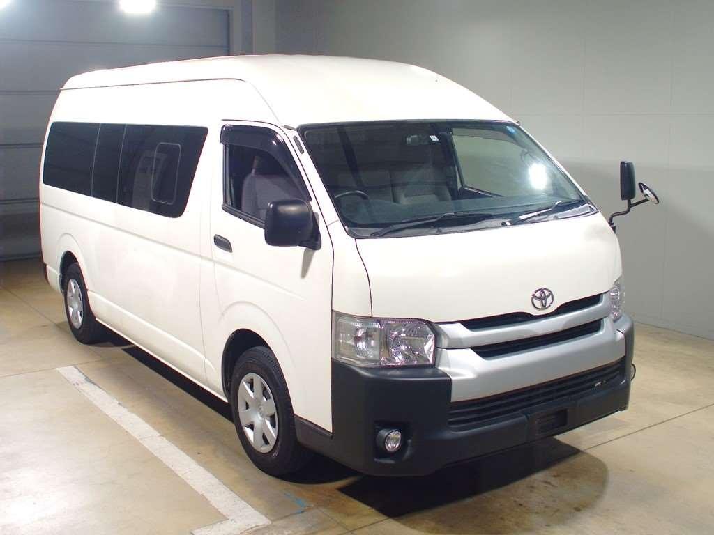 Toyota Regius Van 2014