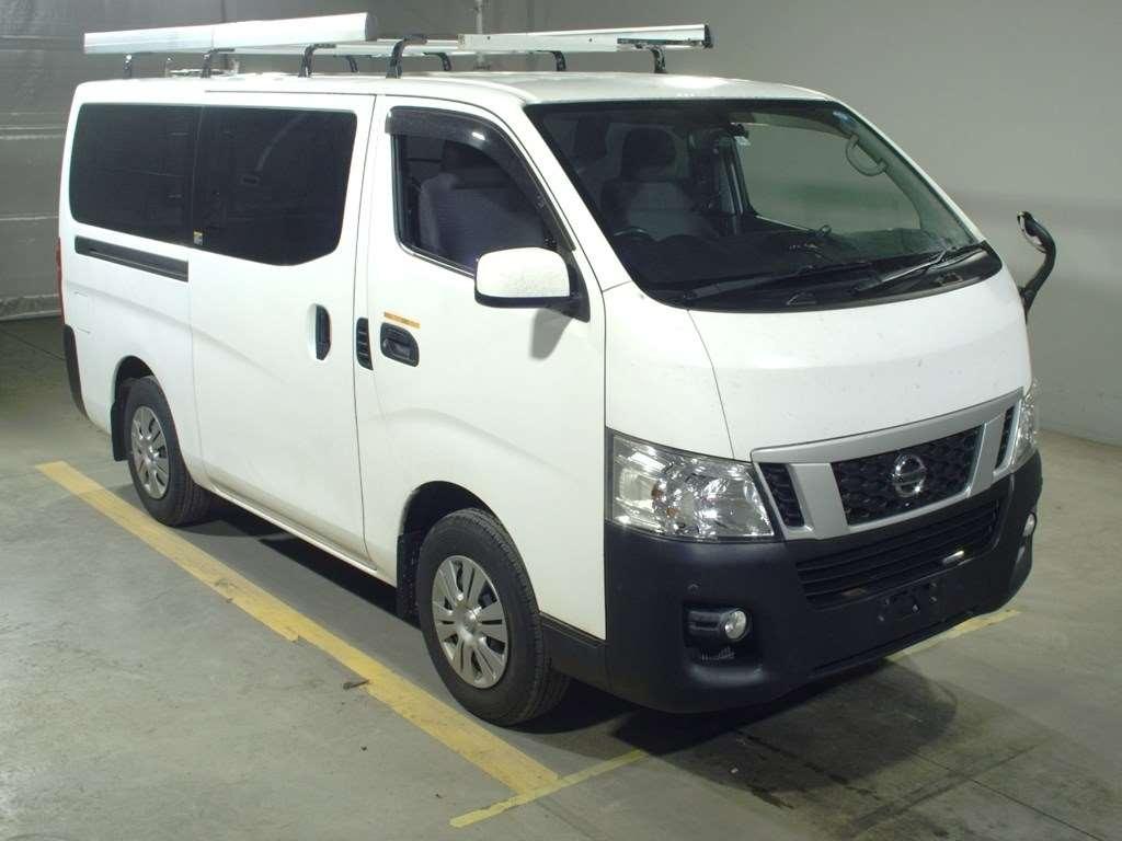 Nissan NV350 CARAVAN 2013