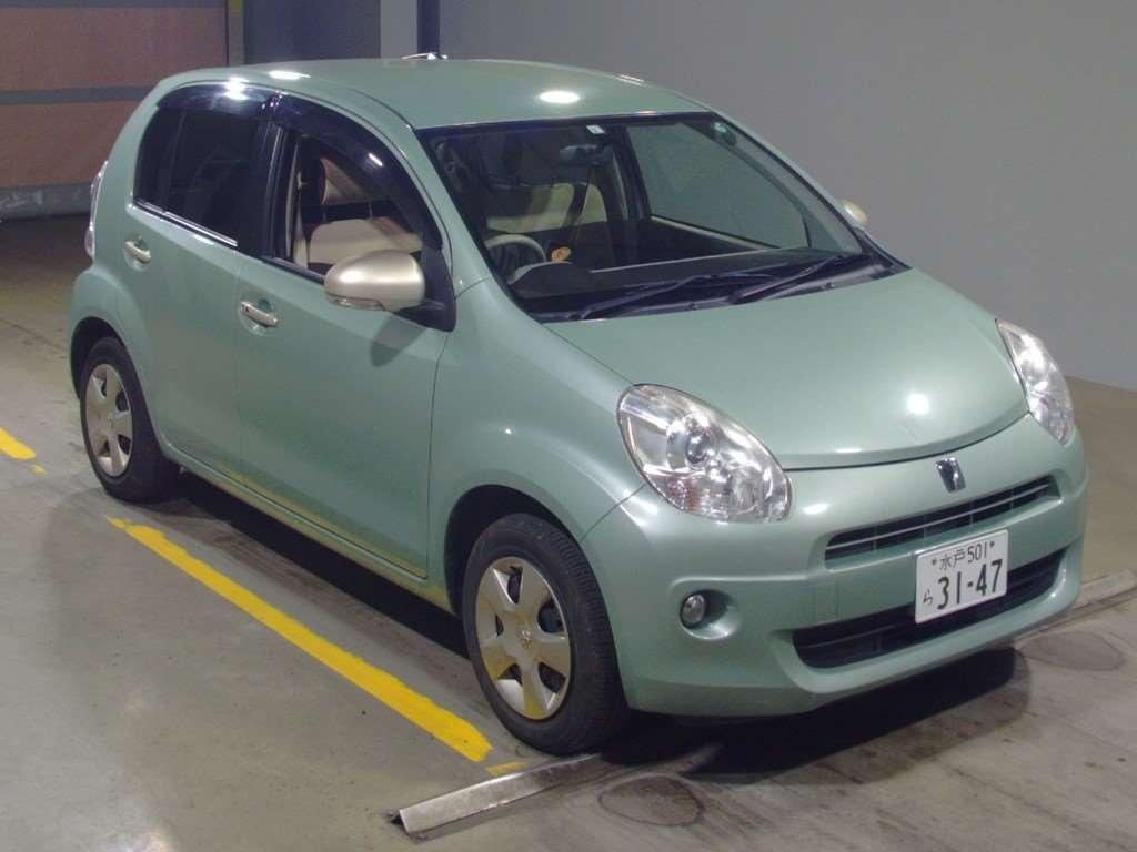 Toyota Passo 2013