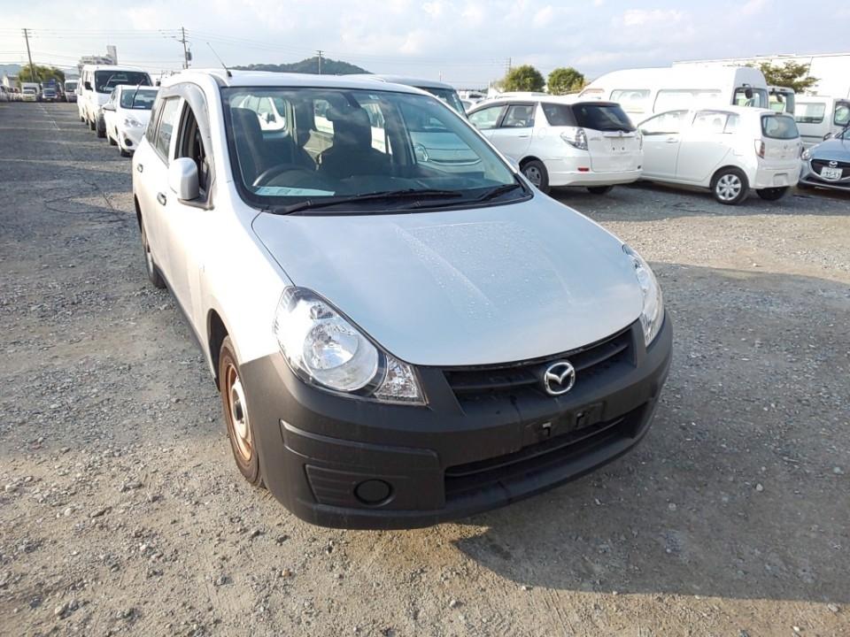 Mazda Familia 2016