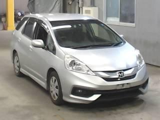 Honda Fit shuttle 2014