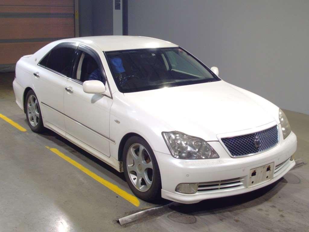Toyota Crown 2004