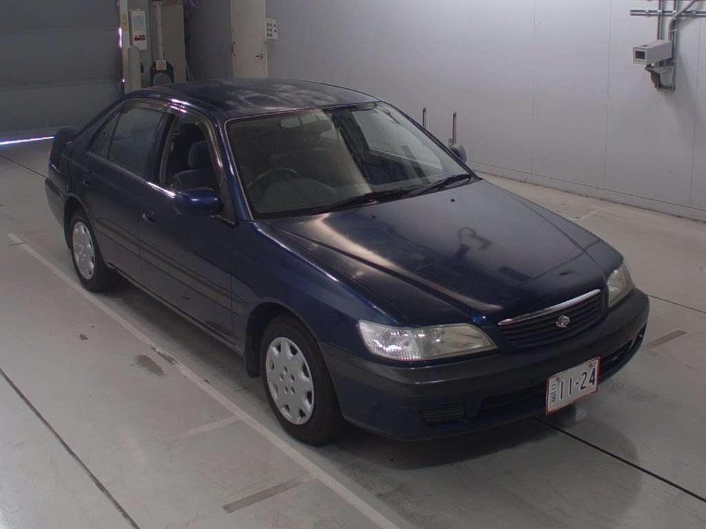Toyota Corona Premio 2001