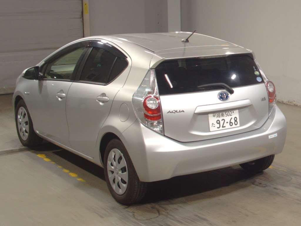 Toyota Aqua 2012