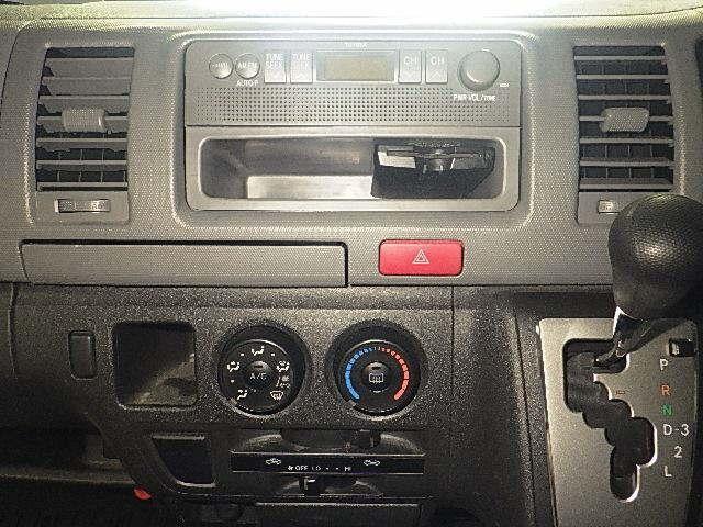 Toyota Regiusace Van 2013