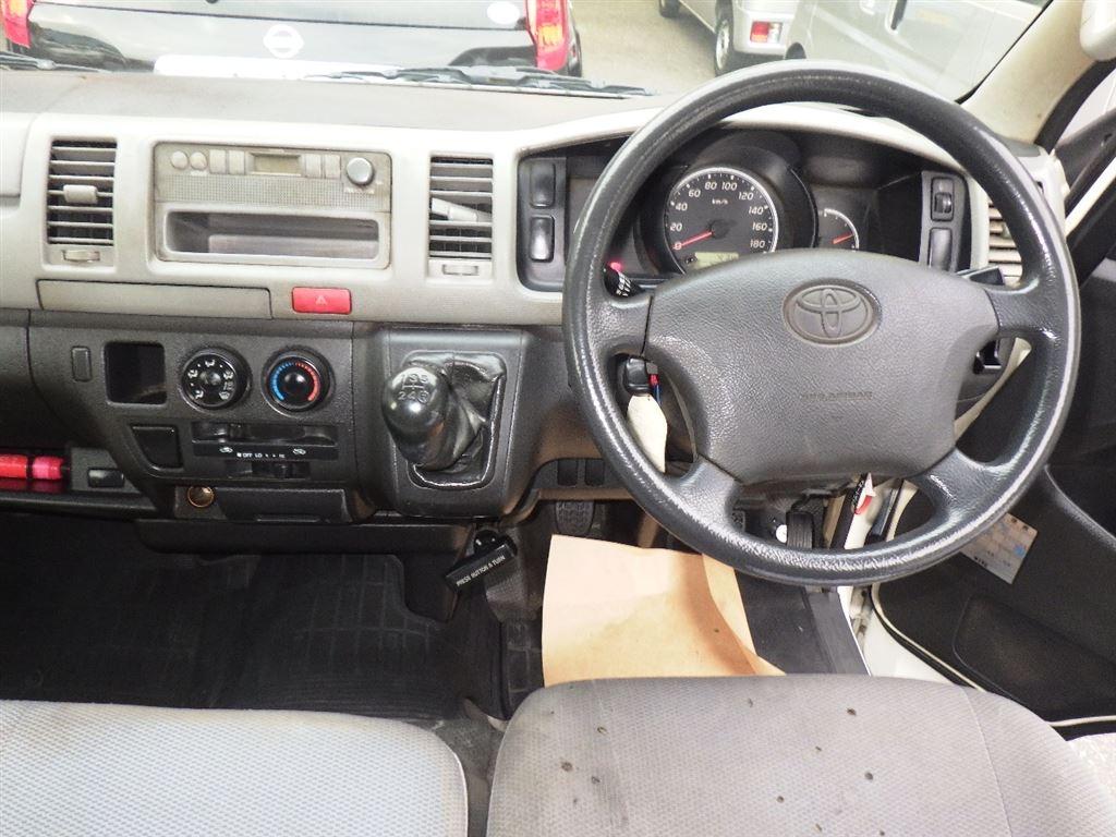 Toyota Regiusace Van 2007