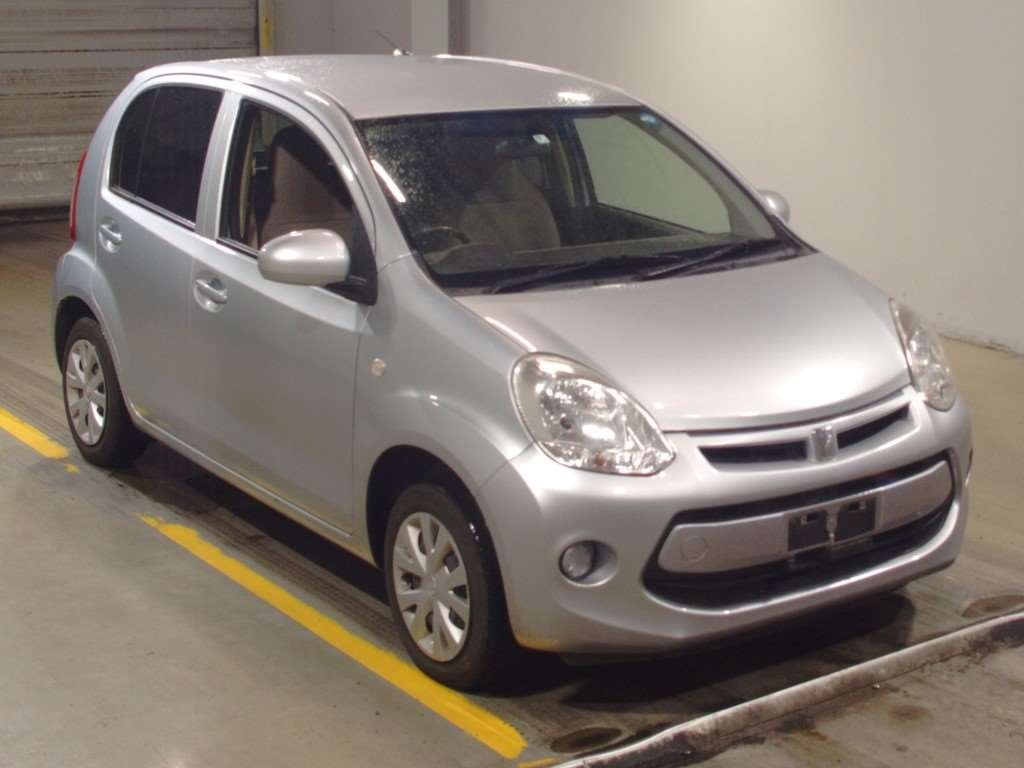 Toyota Passo 2014